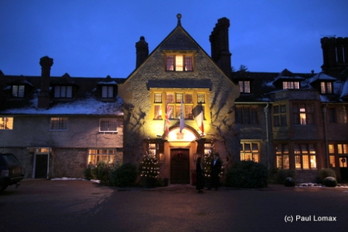 The Le Manoir Aux Quat Saisons courtyard at night