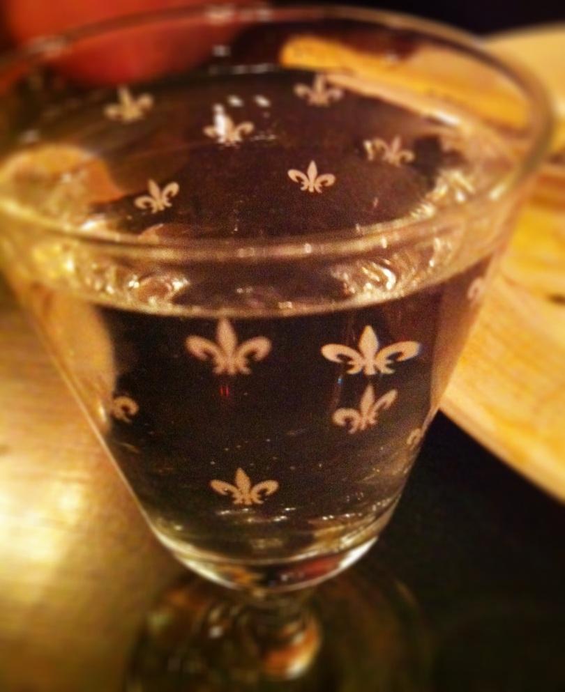 Fleur de lis water glass